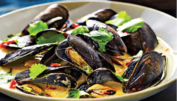 Steamed Mussels with Tequila