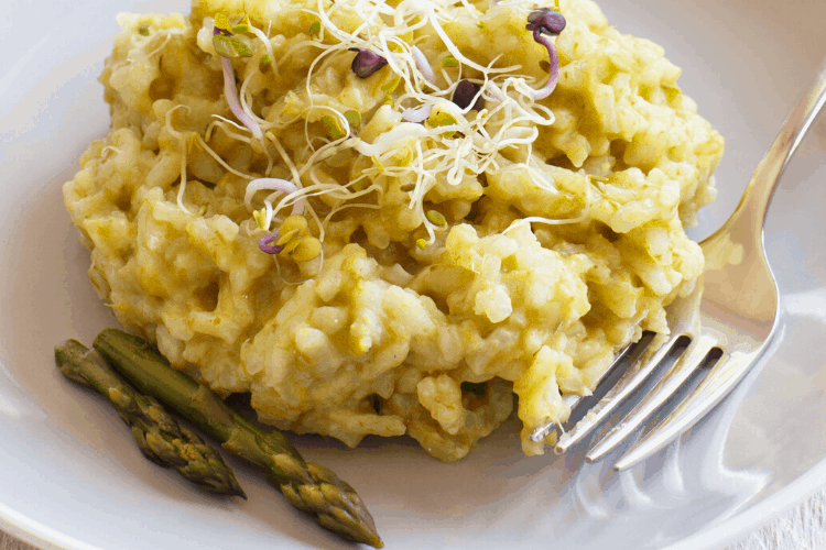 Creamy Asparagus Risotto with Lemon and Mascarpone